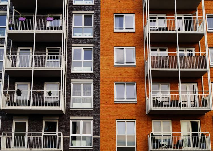 Benefits of Renting an Apartment in Toronto