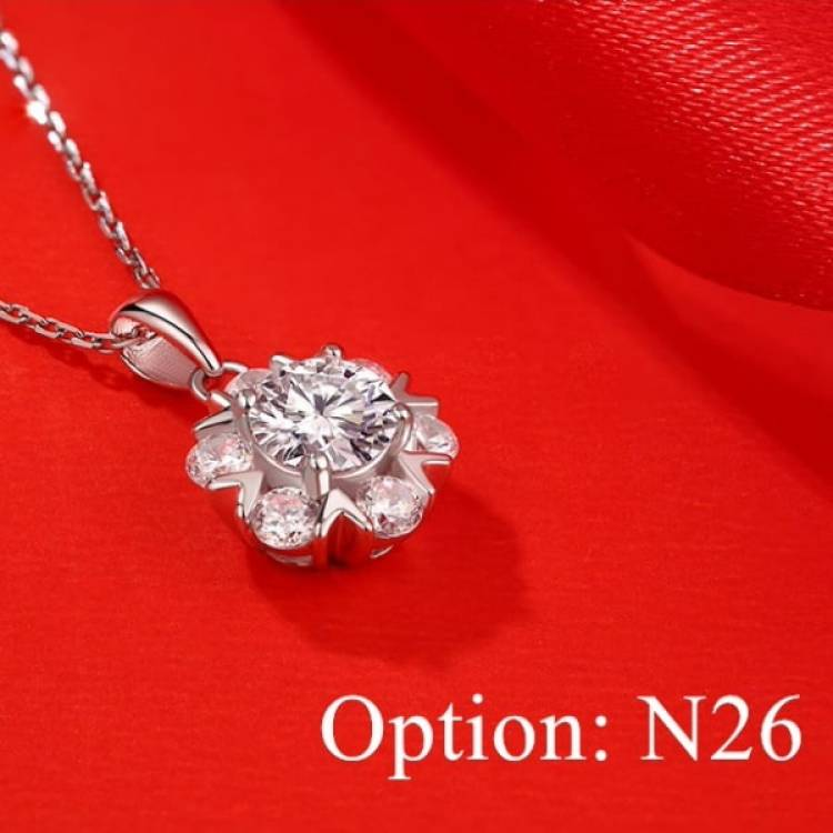 Moissanite Blooming Diamond Pendant Necklace Jewelry